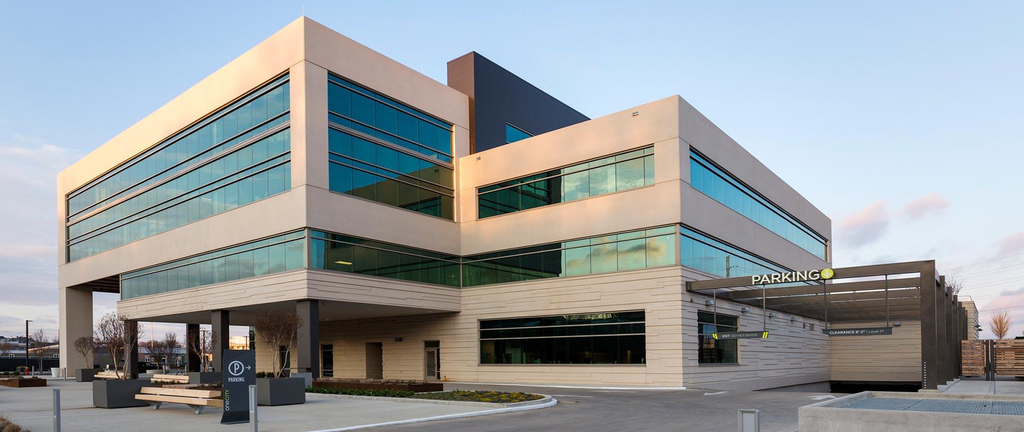 8 C1TY BLVD Medical Office Building